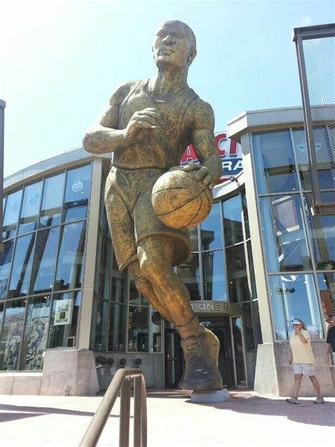 biggest statue   basketball nba player ive