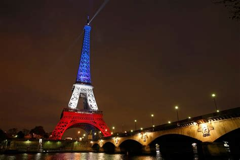 eiffel tower color eiffel tower glows in colors to honor victims nbc
