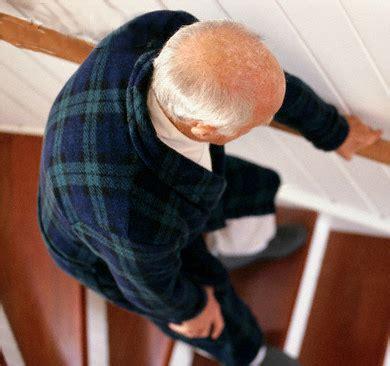 escalier pour personne agee s 233 curiser ses escaliers pour 233 viter les chutes