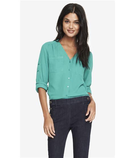 v neck blouses express gathered v neck blouse in green lyst