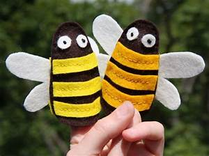 bumblebee finger puppets free pattern diy toys finger With bee finger puppet template