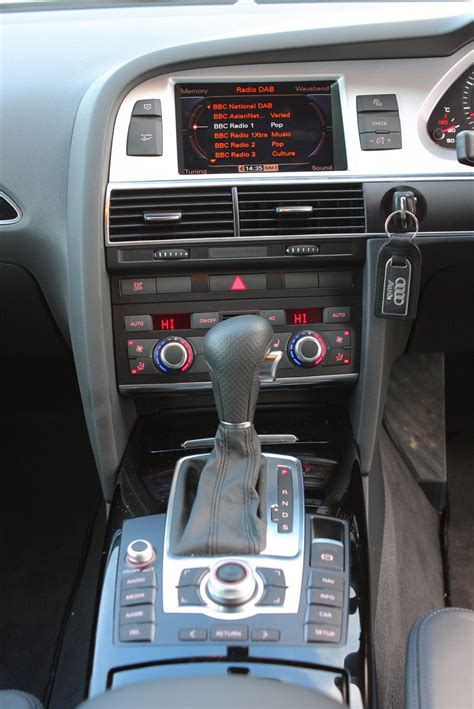 audi  saloon   features equipment