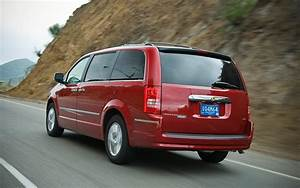 2008 Chrysler Town  U0026 Country - Long Term Update 4
