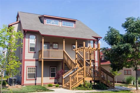 One Bedroom Apartments Bloomington In by Covenanter Hill View 1 Bedroom Apartment Rental
