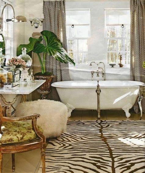 hollywood regency    bathroom