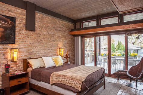 18 Accent Brick Wall Designs For Beautiful Look Of The Bedroom