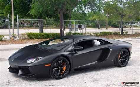 Black Lamborghini Aventador Important Wallpapers