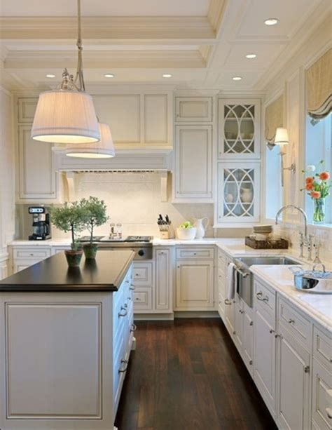 beautiful white kitchen cabinets 20 beautiful white kitchens 4399
