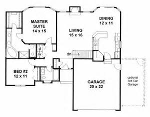 2 bedroom house plans with basement house plan 62610 traditional plan with 1273 sq ft 2 bedrooms 2 bathrooms 2 car garage at