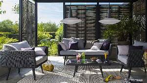 Salon De Jardin Terrasse : salon de jardin castorama sur terrasse en bois ~ Teatrodelosmanantiales.com Idées de Décoration