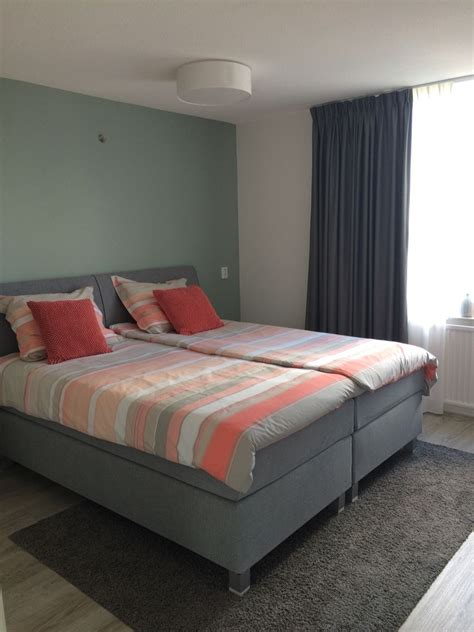 mijn slaapkamer muur geverfd de kleur early dew van