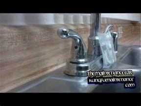tighten moen kitchen faucet how to fix a faucet how to tighten a kitchen sink handle doovi