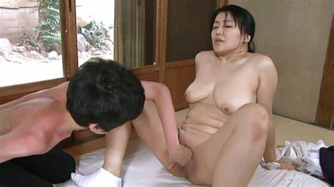 Japan Nympho Go To Toilet