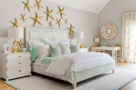 Contemporary Beach Cottage Bedroom With Gold Starfish Wall
