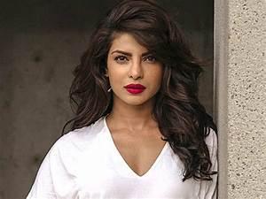 Priyanka Chopra's befitting reply on Bollywood being ...