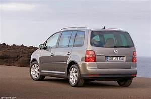 Monospace Volkswagen : volkswagen touran 1 2006 2010 monospace compact ~ Gottalentnigeria.com Avis de Voitures