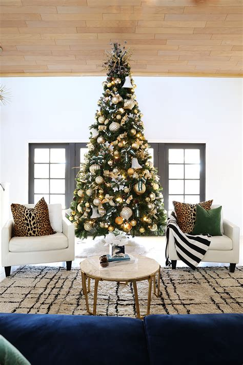 how to decorate a 12 ft christmas tree with gold tones