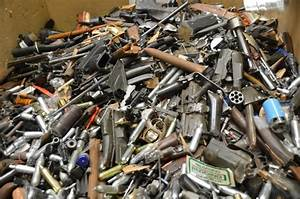 Gangland London: See how Met Police crushes illegal guns ...