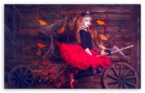 Halloween Witch 4k Hd Desktop Wallpaper For 4k Ultra Hd Tv • Tablet • Smartphone • Mobile Devices