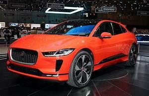 Jaguar I Pace : 2019 jaguar i pace revealed jag 39 s electric crossover power play ~ Medecine-chirurgie-esthetiques.com Avis de Voitures