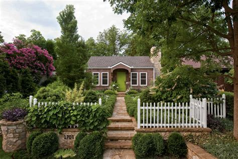 cottage landscaping gardens southern living