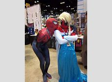 FileC2E2 Day 2 2014, Spiderman and Deadpool as Elsajpg
