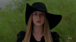 SWEET SOMETHING: AHS COVEN; ZOE'S STYLE