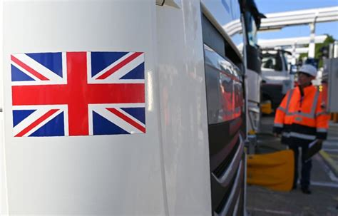 Britain steps up haulage preparations for busiest trade ...