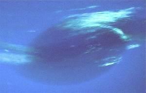 APOD: 2001 December 1 - Neptune's Great Dark Spot: Gone ...
