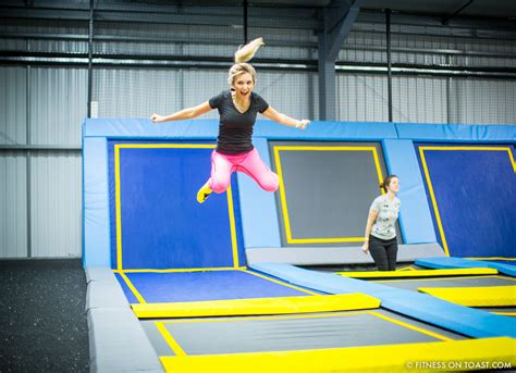 6 BENEFITS OF TRAMPOLINING! | Fitness on Toast