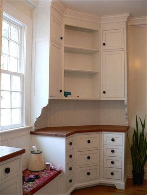 Best 25+ Corner Cabinets Ideas On Pinterest  Kitchen