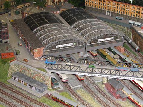Bahnhof Altona Kriegt Grün Aufs