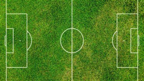 cuisine et santé combien mesure un terrain de football
