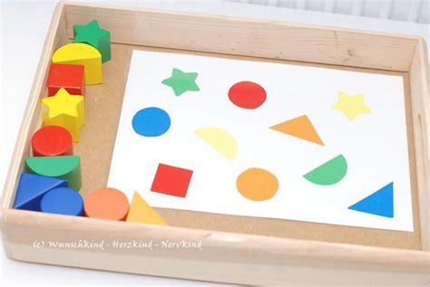 Gestalten Formen Farben Materialien by Zuordnen Farben Und Formen Montessori Montessori