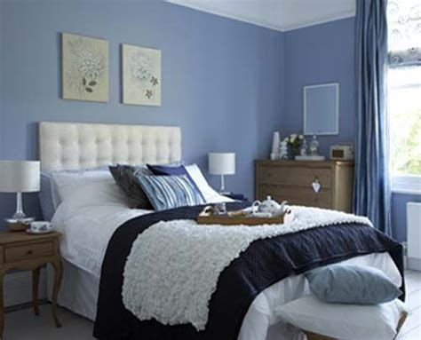 blue bedroom decoration  beige accent  wall