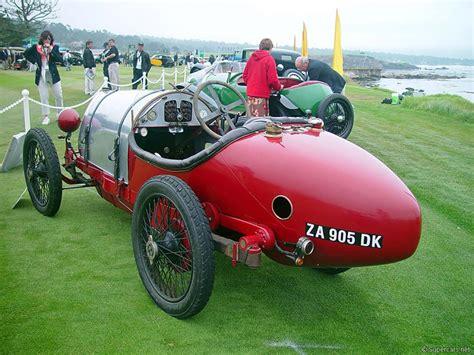 Some 2,000 brescias were built between 1914 and 1926 with engine capacities of 1,368. 1921 Bugatti Type 13 Brescia - CARPEDIA