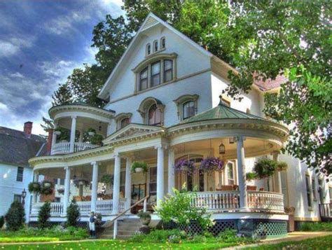 Victorian Style Beautiful Home Design  Home Design