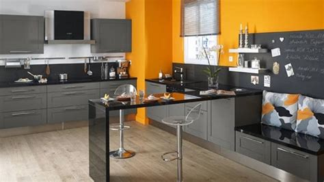 couleur murs cuisine peindre une chaise en bois 14 indogate cuisine beige quelle couleur pour les murs evtod