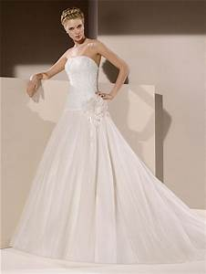 Ball gown strapless drop waist low back tulle lace beaded for Drop waist ball gown wedding dress