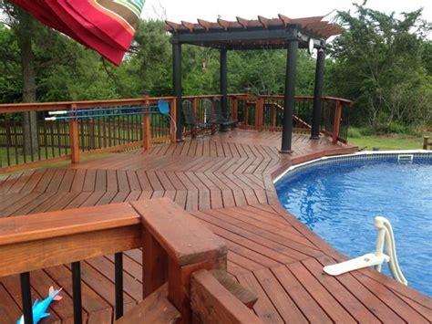 round pool deck pool deck decorating ideas pool