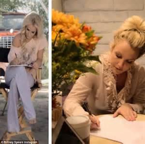 Britney Spears FINALLY reveals her Las Vegas residency ...