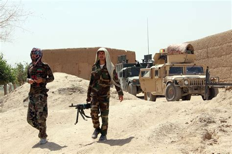 news afghanistan in southern afghanistan u s airstrikes kill up to 18