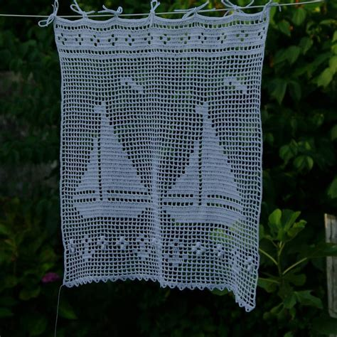 rideau au crochet motifs bateaux style rideau breton