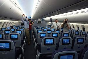 British Airways уменьшает расстояние между креслами в ...