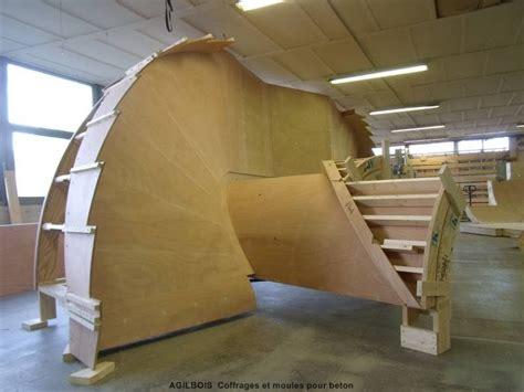 coffrage pour escalier beton coffrage bois