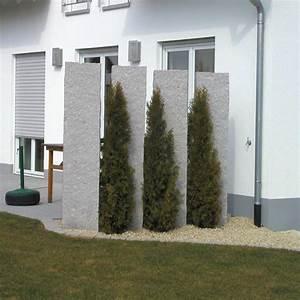 granit sichtschutz gross sichtschutz balkon sichtschutz With französischer balkon mit garten kugelleuchte granit