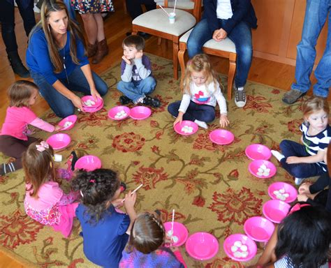 """A """"how To"""" Hello Kitty Birthday Party"""