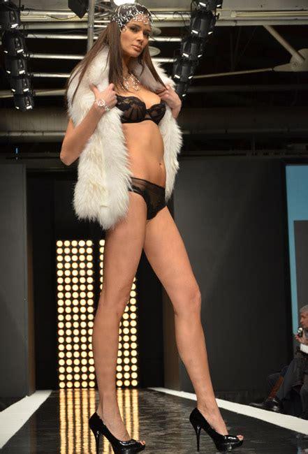 tra tessili biancheria intima  lingerie immagine italia