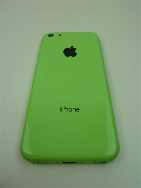 green iphone leaked images of green iphone 5c and volume buttons