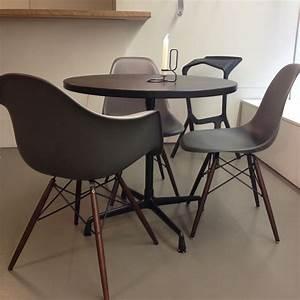 Vitra Eames Stuhl : vitra stuhl daw basalt eames plastic armchair epc ahorn ~ A.2002-acura-tl-radio.info Haus und Dekorationen